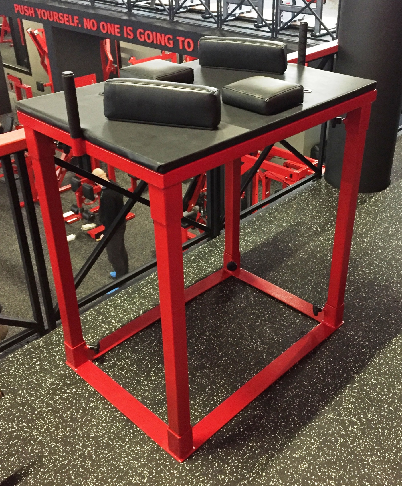 armwrestling table gymequip eu professional gym equipment rh gymequip eu arm wrestling table amazon arm wrestling table for sale ebay