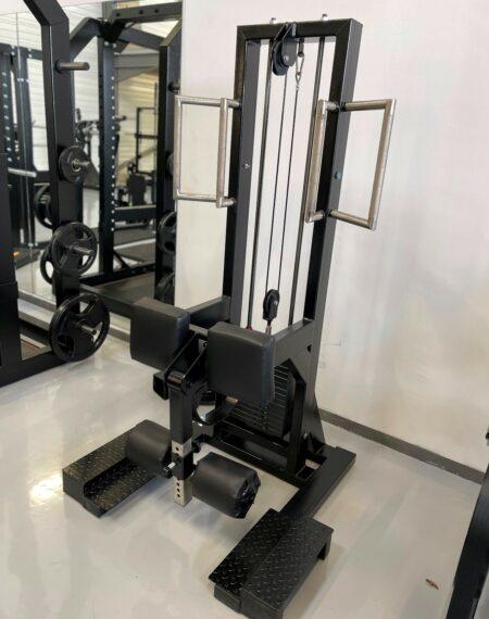 machine-de-flexion-des-jambes-debout